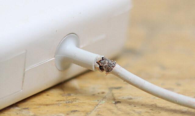 Заміна кабеля MagSafe