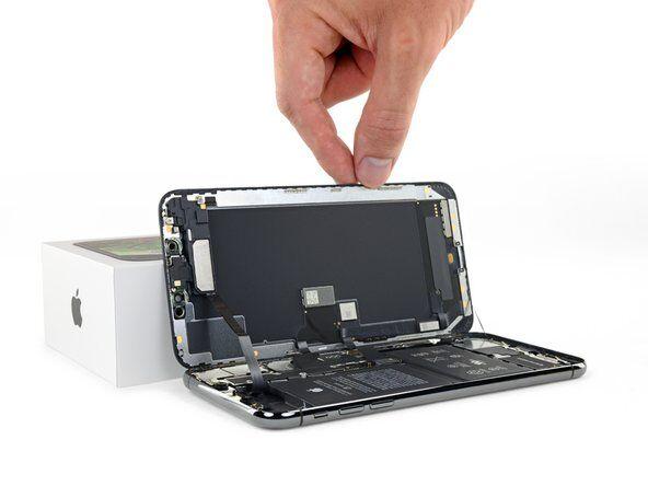 Заміна екрану (дисплея) iPhone XS Max